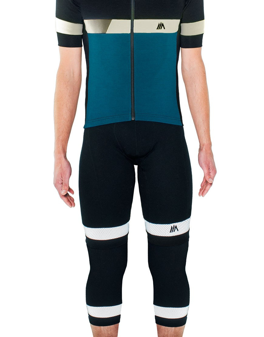 Merino wool cycling knee warmers with reflective details
