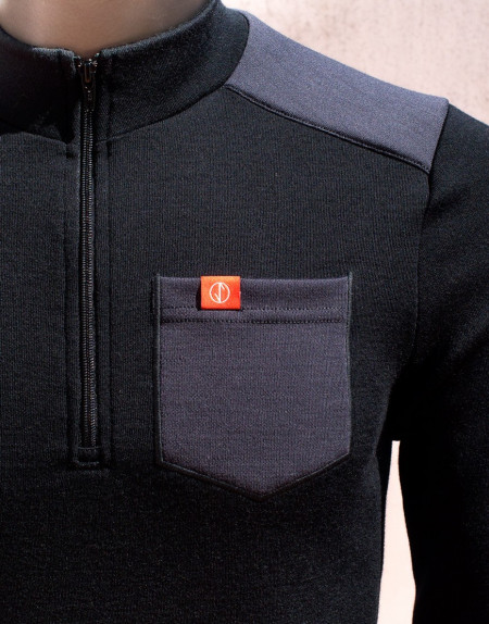Thermal merino gravel cycling jersey - long sleeves, black, chest pocket detail